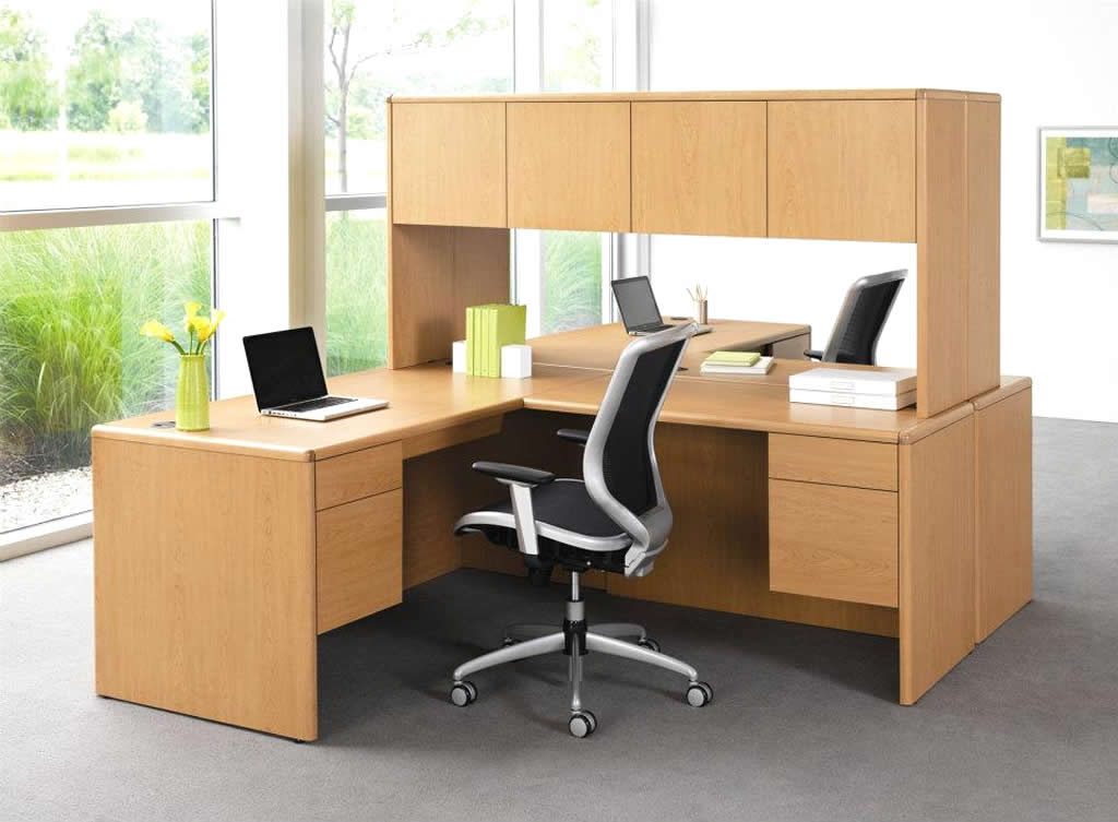 simple office design and decoration