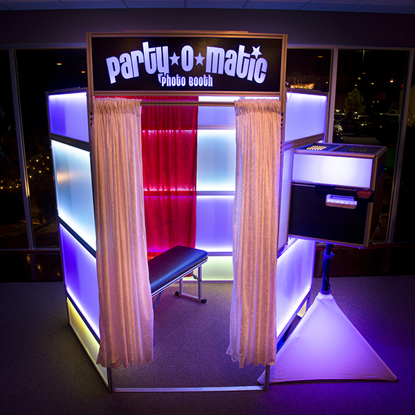 Marketing Advantages Of Photo Booths