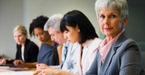 Advantages & Disadvantages of Hiring Older People