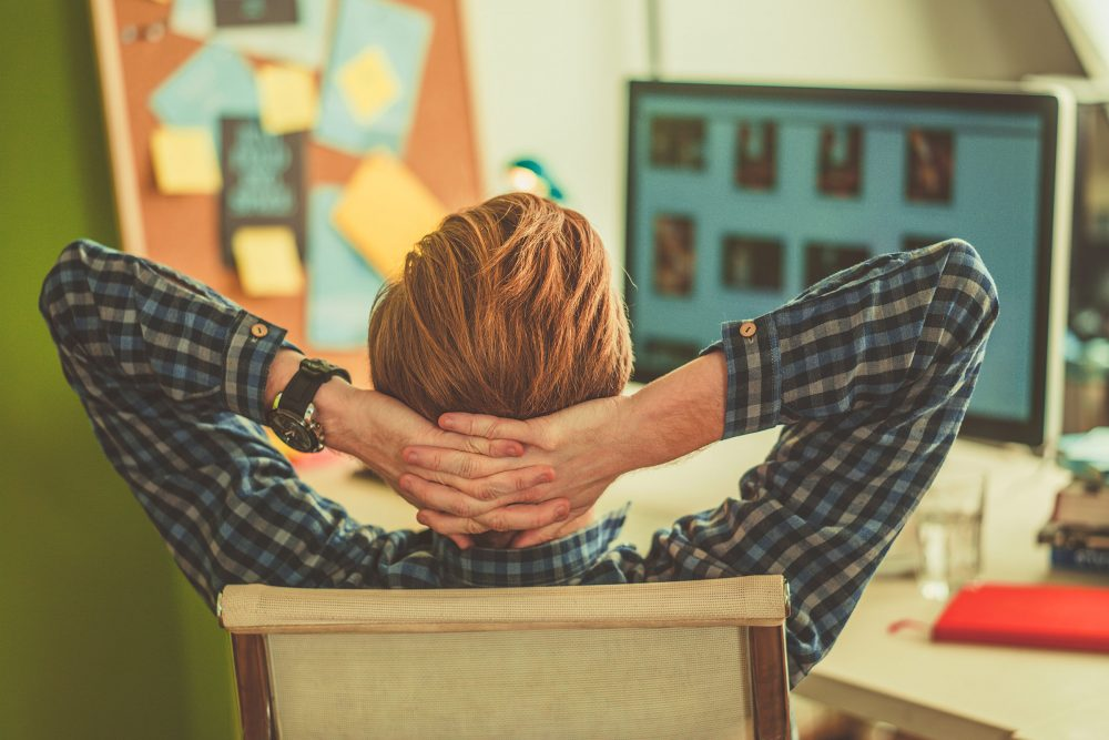 how-to-destress-yourself-at-workplace-2