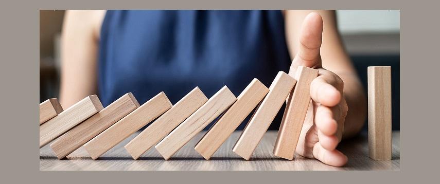 mitigate startup risks