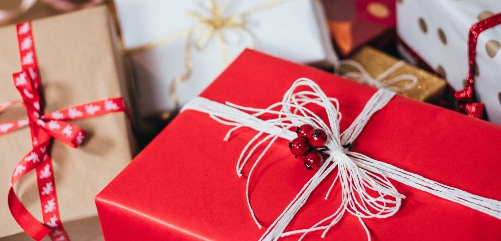 personalized gifts for holidays
